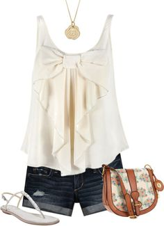 cute summer outfit! I love the style of the cute summer top!