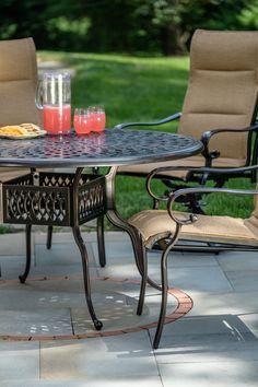 Padded sling chairs! Alfresco Home offers several complementary sling, wicker, and cast outdoor dining chairs in a beautiful, rich cordial finish.#AlfrescoHome #OutdoorLivingMadeEasy