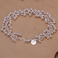 Fashion Silver plated Ball Bracelet Chain Link Lovely Grape Bead Gift HI