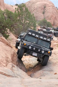 The All New Next Generation Humvee Debuts As NXT 360 - Hummer Alpha. ONLY off road vehicle where independent suspension works. Hummer Cars, Hummer Truck, Jeep Truck, 4x4 Trucks, My Dream Car, Dream Cars, Hummer H1 Alpha, Offroad, Off Road Adventure