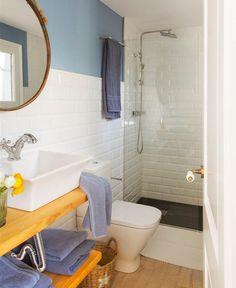 Idei și sfaturi pentru amenajarea băilor mici | Adela Pârvu - Interior design blogger Diy Bathroom Decor, Ideal Home, Clawfoot Bathtub, Amazing Bathrooms, Corner Bathtub, Powder Room, Toilet, New Homes, House