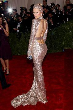 Karolina Kurkova at the Met in custom Rachel Zoe.... love this shot...immaculate backside