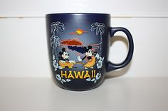 EXCLUSIVE HAWAII Disney Mickey & Minnie Hula Sunset ceramic mug - NEW