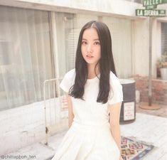 Gfriend Profile, Gfriend Album, Kim Ye Won, Oval Faces, G Friend, Lil Baby, Mini Albums, Glass Beads, Pin Up