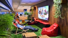 Socialpoint Office  http://maticgarau.com/?p=390