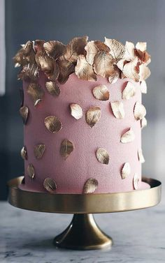 Be inspired by these pretty wedding cakes! We are having a major swoonnsesh over these gorgeous wedding cakes. These latest wedding cakes are the. # cake designs These Wedding Cakes are Incredibly Stunning Blush Wedding Cakes, Pretty Wedding Cakes, Elegant Wedding Cakes, Wedding Cake Designs, Pretty Cakes, Cute Cakes, Beautiful Cakes, Amazing Cakes, Wedding Themes