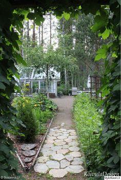humalaportti,puutarhan käytävä,kasvihuone,muotopuutarha,piha