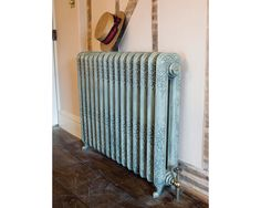 The Daisy cast iron radiator is an elegant and traditional decorative radiator ideal for period property interiors. Cast Iron Cleaning, Home, Victorian Homes, Traditional Radiators, Iron, Contemporary Room, Victorian, Modern Properties, Decorative Radiators