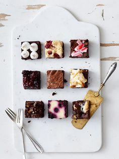 Die Zutaten von American Brownies werden nicht miteinander verrührt, sondern nur vorsichtig untergehoben.