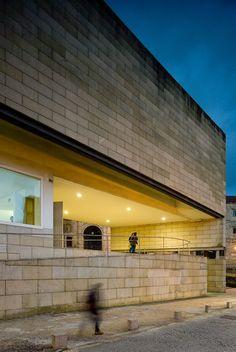 Centro Galego de Arte Contemporânea | Art Centre  S. Compostela - 1993 | © Fernando Guerra, FG+SG Architectural Photography