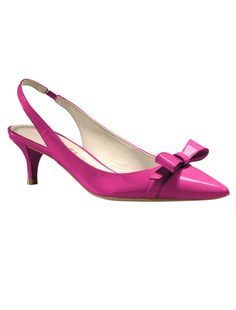Talbots Kitten Heel Slingbacks in Pink Flambe Pretty Shoes, Beautiful Shoes, Cute Shoes, Me Too Shoes, Shoe Boots, Shoes Sandals, Kitten Heel Shoes, Patent Shoes, Pink Shoes