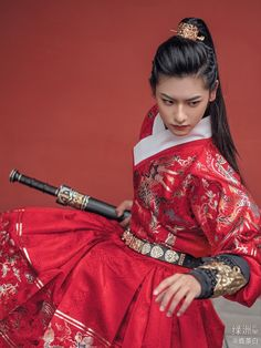 hanfugallery: Traditional chinese hanfu by 云河千色 - Boulder Internal Kung Fu Oriental Dress, Oriental Fashion, Traditional Fashion, Traditional Dresses, Traditional Chinese, Hanfu, Traditional Hairstyle, Chinese Clothing, Chinese Dresses