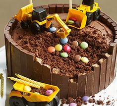 Digger Birthday Cake, Digger Cake, Lol Birthday Cake, 3rd Birthday, Buttercream Decorating, Easy Cake Decorating, Cake Recipes For Kids, Bbc Good Food Recipes, Easy Kids Birthday Cakes