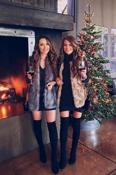 Newest Christmas Outfits Ideas - What To Wear To A Holiday Party I think I have found my Christmas Eve outfit!I think I have found my Christmas Eve outfit! Look Fashion, Winter Fashion, Fashion Women, Holiday Fashion, Fashion Night, Classy Fashion, Fall Fashion Trends, Party Fashion, Fashion Rings