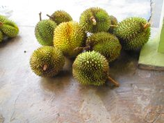 Durian: terrible smell but exquisit taste