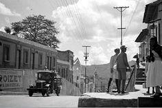 Años 1930. Caracas, La Pastora. Moda de los jóvenes de aquel entonces.
