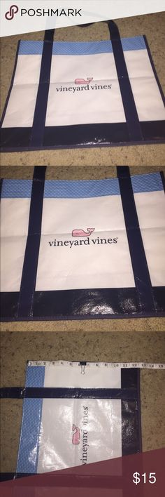 Vineyard Vines Large Bag Vineyard Vines Large bag which is perfect for the beach carrying around items or just to have or possibly store things. In pristine condition, too! Price negotiable, but not by much! Vineyard Vines Accessories