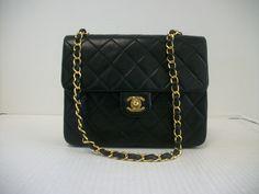 b6a3525c5b71 Chanel Handbags, Designer Handbags, Quilted Leather, Vintage Chanel, Vintage  Black, Handbag Accessories, Designer Bags, Designer Purses, Chanel Bags