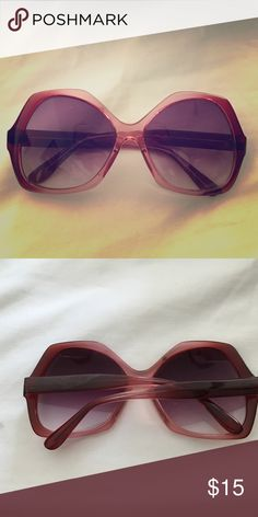 Pink vintage sunglasses Pink Vintage Sunglasses great condition, retro frame Vintage Accessories Sunglasses