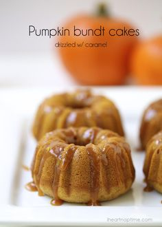 Pumpkin bundt cakes with salted caramel sauce -these easy and delicious pumpkin bundt cakes makes a great fall dessert!