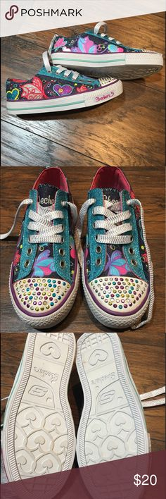 NWOT Skechers Light Up Twinkle Toes Youth Size 3 Adorable denim and blue glitter shoes with butterflies and hearts. They light up when you walk. Never been worn. Perfect condition! Skechers Shoes Sneakers