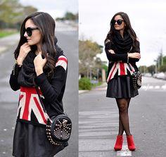 Sheinside Skirt, Ecugo Bag, Axparis Jumper