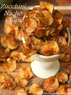 Zucchini Nacho Chips, low carb chips Why We Crave Crunch The theory why crunchy foods are innately pleasing to our pallet is captivating. Crunchy foods add a level of our senses to eating. Ketogenic Recipes, Paleo Recipes, Low Carb Recipes, Low Carb Zucchini Recipes, Air Fryer Recipes Vegetables, Air Fryer Recipes Low Carb, Radish Recipes, Atkins Recipes, Steak Recipes