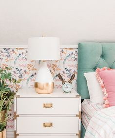 Home Design, Interior Design, Wallpaper Ceiling, Bathroom Wallpaper, Bird Wallpaper Bedroom, Paradise Wallpaper, Tropical Bedrooms, Big Girl Rooms, Kids Rooms