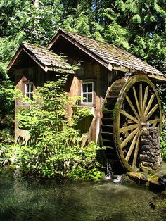 Grist Mill in Agassiz, British Columbia. Photo by techno chic Old Grist Mill, Water Powers, Water Mill, Old Barns, Le Moulin, Covered Bridges, Architecture, Beautiful Places, Scenery