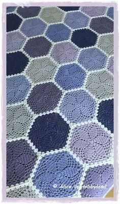 Alice in Hobbyland: Purple Granny Hexagon Blanket Crochet Home, Knit Or Crochet, Crochet Baby, Shark Tail Blanket, Easy Crochet Projects, Granny Square Blanket, Manta Crochet, Afghan Crochet Patterns, Heart Patterns