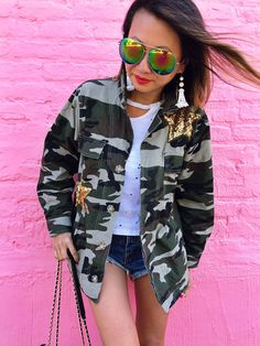 The Jacket That You Can Wear Into Fall, Camo Jacket, How to Style a Camo Jacket, Sequin Star Jacket, Best Fall Jacket