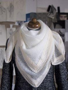 Bílý šátek   Zboží prodejce Jana Minaříková f324cf86a1