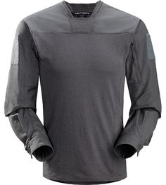 Leaf.Arcteryx Talos LT Halfshell Men's Combat shirt with full gussets under the arms that keep the hem stable during overhead motion.