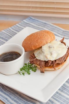 Big Flavors From A Tiny Kitchen: Crockpot French Dips (super yummy and easy. Slow Cooker Recipes, Crockpot Recipes, Yummy Recipes, French Dip, Food Dishes, Main Dishes, Beef Dishes, Crock Pot Cooking, Carne