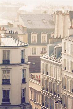 morning light in montmartre Paris, France I love the French architecture. Building Photography, Paris Photography, Winter Photography, Paris Rooftops, Montmartre Paris, Paris Paris, Tour Eiffel, Beautiful Paris, Belle Villa