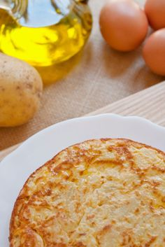 Spanish Omelette, Cooking Recipes, Food Cakes, Tasty, How To Make