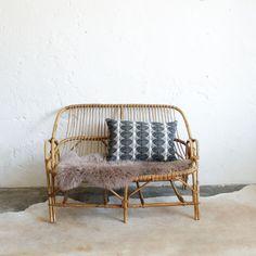 1000 images about l 39 atelier du petit parc on pinterest rattan rattan chairs and boutiques. Black Bedroom Furniture Sets. Home Design Ideas