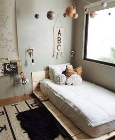 Neutral Bohemian Nursery - home interior - Kinderzimmer Cool Kids Bedrooms, Kids Bedroom Designs, Kids Room Design, Trendy Bedroom, Bedroom Boys, Small Bedrooms, Bedroom Neutral, Modern Bedroom, Bedroom Decor Kids