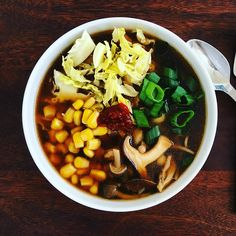 How to: make homemade dashi broth... for the perfect udon, ramen or donburi bowls!