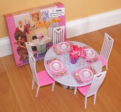 GLORIA FURNITURE DOLL HOUSE 4 CHAIRS DINING ROOM TABLE CHAIRS PLAYSET FOR BARBIE #GLORIA