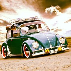 VW BUG                                                                                                                                                                                 Mais