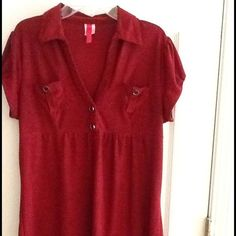 Juniors Plus size blouse Juniors size 2X Maroon colored top with black flecks throughout. Black buttons accent the front pockets and neckline. Tops Blouses
