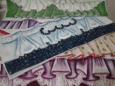 Pano de prato em tecido estilotex, 52 cm sem bainha nas laterais com barrado pintado a mão, pra pintar ou bordar.  Obs. Barrados variados