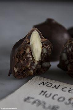 Baci al sale rosa, mandorle e vaniglia Baci guinnes e pistacchi #recipe #food #chocolate