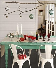 Silver & mint Christmas table