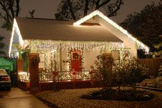 Below are the Christmas Decoration Ideas For Small House. This post about Christmas Decoration Ideas For Small House was posted under the Living Room category by our team at February 2019 at pm. Hope you enjoy it and . Christmas Lights Outside, Christmas House Lights, Hanging Christmas Lights, Christmas Decorations For The Home, Magical Christmas, Elegant Christmas, Holiday Lights, Beautiful Christmas, Christmas Home