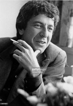 °lc° Leonard Cohen, London, June 1974.