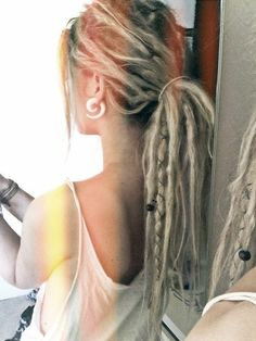 Beachy Dreads ♥-- what I imagine mine looking like when I get them!