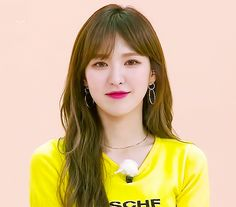 [On Hold] Karena. Setiap manusia p… Fiction Seulgi, Kpop Girl Groups, Korean Girl Groups, Kpop Girls, Wendy Rv, Wendy Red Velvet, Kim Yerim, Red Queen, Korean Singer