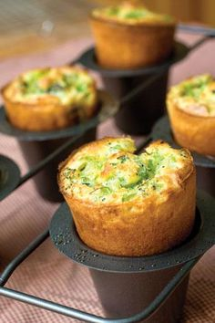 Cheddar Broccoli Popovers complement nearly any meal and are a great alternative to dinner rolls. Croissants, Empanadas, Scones, Beignets, Popover Recipe, Popover Pan, Quiche, Tapas, Good Food